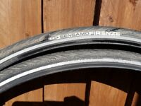 2 off CST Sensamo Firenze bicycle tyres 700x32c