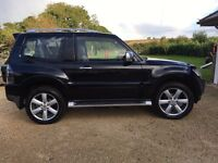 Mitsubishi Shogun 3.2 DI-DC Diamond 3dr (SWB) Metallic Black , FSH, Top Spec, excellent condition