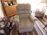 BEIGE MATERIAL ELECTRIC RISE AND RECLINE ARMCHAIR CHAIR
