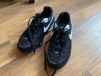 Boys' black Nike trainers