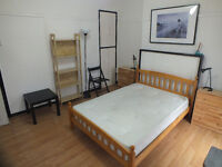 Beautiful Large Double Room Available Now In Shadwell-Only mins from Shadwell DLR - Couples Welcome