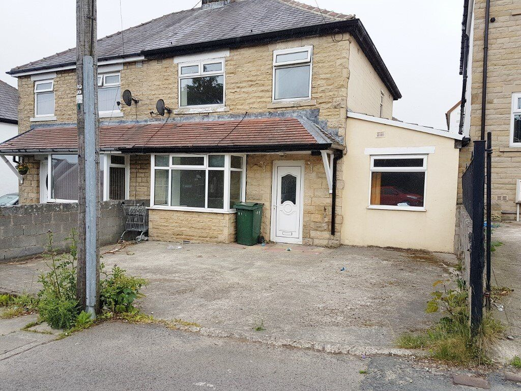 FAIRBANK ROAD - 4 BEDROOM LARGE EXTENDED SEMI DETACHED HOUSE FOR RENT TO LET BRADFORD BD8 GIRLINGTON