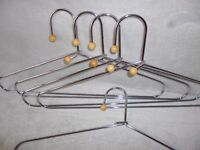 HEAVY CHROME HANGERS