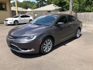 2015 Chrysler 200 C- PANORAMIC SUNROOF, LEATHER INTERIOR
