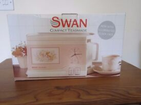 Swan Compact Teasmade Retro