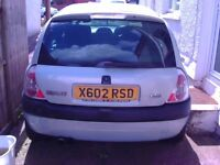2000 (X) RENAULT CLIO, 4 Door car