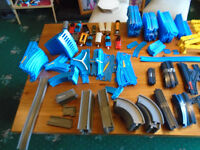 """300 (approx) PIECES OF """"TOMY"""" THOMAS THE TANK ENGINE TRACK, ACCESSORIES, ENGINES, CARRIAGES"""