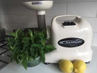Samson GB 9001 Cold press juicer / Masticating Juicer