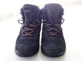 HI-TEC UK 4 EU 37 Waterproof Walking Hiking Boots in VGC