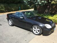 Mercedes SLK 320 Automatic - Convertible - electric hard top - reduced in need of space
