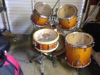 Custom maple drums