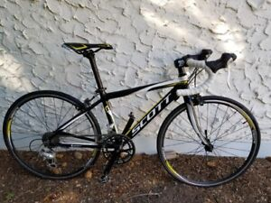 Kids cycling Road bike in excellent condition