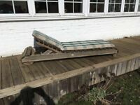 Lounger with cushion: pressure-treated pine