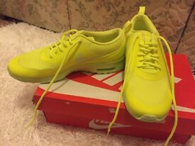 Women's Nike Air Max Thea - Lime Green (Size 6) BRAND NEW!!!