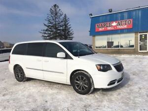 2015 Chrysler Town & Country S - NAVIGATION - LEATHER - DVD