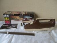 VINTAGE RETRO SALTON ELECTRIC CARVING KNIFE