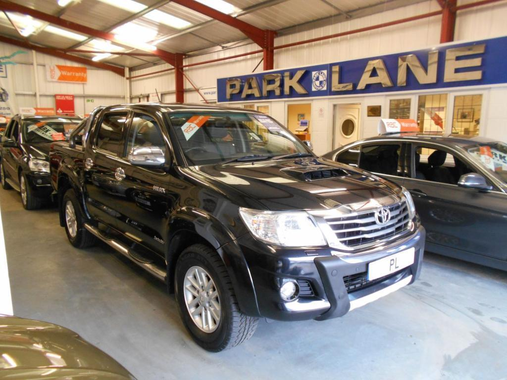 8d7d9527e48a71 Toyota Hilux Invincible D Cab Pick Up 3.0 D-4D 4WD 171 Auto (black  metallic) 2012
