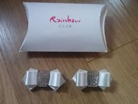 Rainbow club shoe clip bows