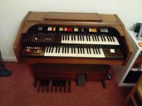 Electric Organ Diamond 901s.