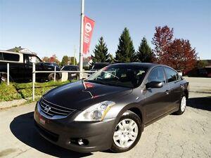 2010 Nissan Altima 2.5 S + PROPRE + PRÊT POUR L'HIVER + AUTOMATI