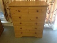 Pine Wood 6 Drawer Chest of Drawers in Excellent Condition Bedroom Cabinet Storage Unit