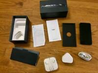 16 gb iPhone 5, Black, EE network, all accessories