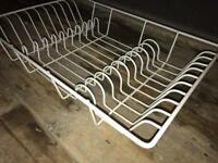 White wire drying rack