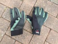 Sundridge fishing gloves