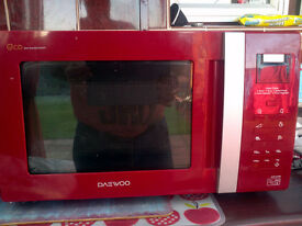 Daewoo 20 litre microwave in red as new