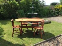 4x Chairs with Matching Wooden Table