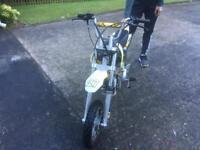 Kids scrambler motor bike