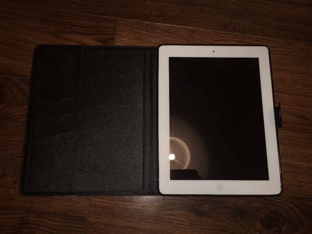 iPad 2 white 16gbin Newtownards, County DownGumtree - iPad 2 16GB WHITE Comes in original box. Comes with charger, 3 ipad covers and a brand new screen protector. Few minor scratches and marks shown in photos. £120 ono If you cant get me on the phone, please feel free to text me!