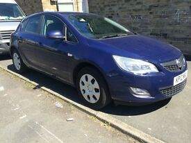 Vauxhall astra 1.4 exclusiv 2012 FULL SERVICE HISTORY BARGAIN