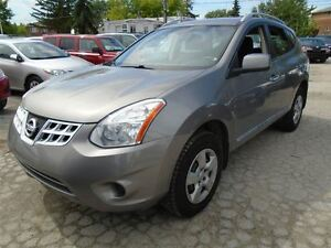 2013 Nissan Rogue S**AWD**ACCIDENT FREE** 3 YEARS WARRANTY INCLU