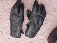 Ladies motorbike leather gloves