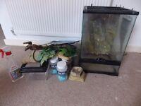 Reptile tank free to good home.