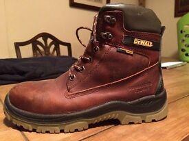 Catterpiller boots size 7