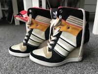 Women Adidas Originals Shoes / Trainers size 5.5 Real Leather