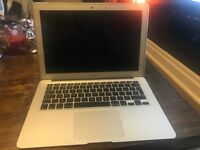 Apple MacBook Air 13' LIKE NEW
