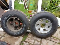 MITSUBISHI L200 17 INCH ALLOY WHEELS WITH NEARLY NEW TYRES