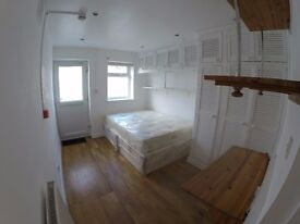 Welcome Home --- Lovely Studio Flat --- All bills in -- With Garden --Be QUicK!!!!