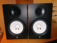 Yamaha HS80M (pair) with speaker stands