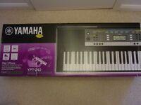 NEW, boxed & sealed Yamaha ypt-240 full size 61 key electric keyboard organ piano musical instrument