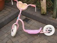 Scooter in Pink (for girls I guess) 4-8