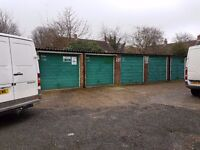 garages to Rent: Springwell Court, Houndslow TW4 - ideal for storage