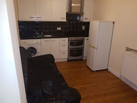 1 Double bedroom flat in Blackbird Leys £850PCM call or text on 07597595466