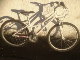 Activ Jura. Women's MTB 'All Terrain Bike'. Fully serviced, fully safe and ready to go.