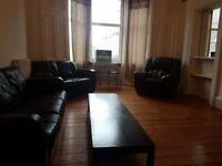 2 Bedroom Flat To Let Wood Street, Dennistoun £600pcm