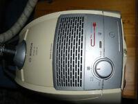 Miele Free-e 2200 Watt Vacuum Cleaner