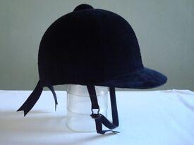 Loveson Riding Hat, Black Velvet, Size 6.75/55